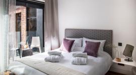 Sen bogów, idealnie dopasowana oferta Hypnos Contract Beds Styl życia, LIFESTYLE - Co takiego jest w luksusowych hotelowych pokojach, że noce w nich spędzone, nawet te samotne, okazują się wspaniałe? Profesjonaliści wiedzą doskonale, co jest warunkiem tak dobrego snu, który przychodzi do nas podczas hotelowych nocy. Tajemnica tkwi w jakości łóżek i materacy.